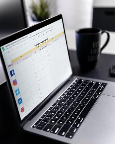 offre gabarit calendrier medias sociaux